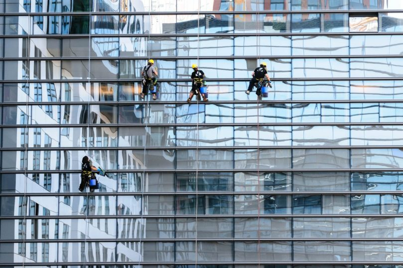 Tips for finding the best window cleaning solutions